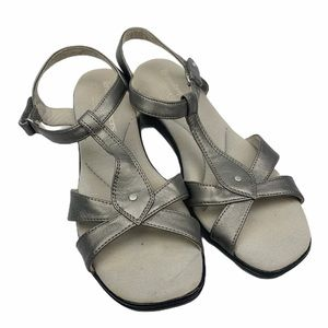 Grasshoppers Ortholite Metallic T-Strap Sandals